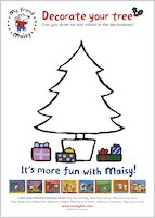 Decorate a Christmas tree with Maisy