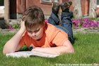 3438471-outdoor-reading.jpg
