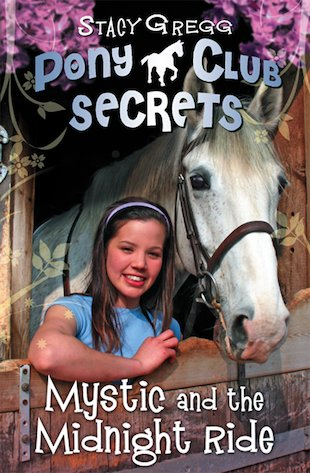 Pony Club Secrets: Mystic and the Midnight Ride
