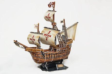 three-masted-sailing-ship